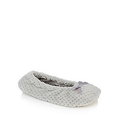 Lounge & Sleep - Pale grey waffle textured ballerina slippers