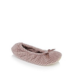 Lounge & Sleep - Taupe waffle textured ballerina slippers