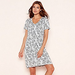 Lounge & Sleep - Grey lace floral print short sleeve nightdress