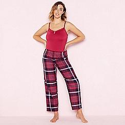 Gorgeous DD+ - Bright red 'Balmoral' pyjama set (DD-G)