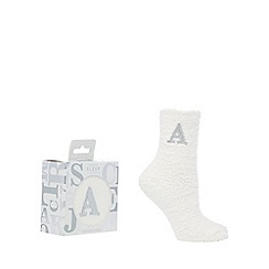 Lounge & Sleep - Cream monogram sparkle fluffy 'A' socks