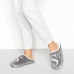 Lounge & Sleep - Grey monogram 'S' fluffy mule slippers