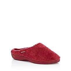 Totes - Red fluffy 'Isotoner Pillowstep' mule slippers