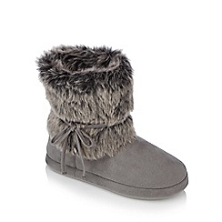 Lounge & Sleep - Grey fur cuff suedette slipper boots
