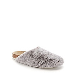 Lounge & Sleep - Grey fur closed toe mule slipper