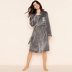 Lounge & Sleep - Grey 'E' glitter monogram fleece dressing gown