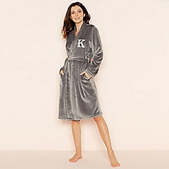 Lounge & Sleep - Grey 'K' glitter monogram fleece dressing gown