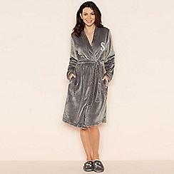Lounge & Sleep - Grey 'S' glitter monogram fleece dressing gown
