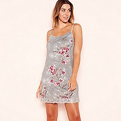 Gorgeous DD+ - Grey floral print 'Frosted' chemise