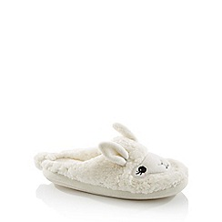 Lounge & Sleep - Cream borg 'Llama' mule slippers