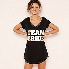 Lounge & Sleep - Black Slogan 'Team Bride' Cotton Sleeptee