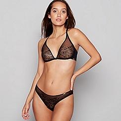 6710836e415 Gossard - Black lace non-wired non-padded triangle bra