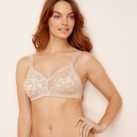 00708215dda Triumph - Natural lace  Delicate Doreen  non-wired non-padded full cup bra