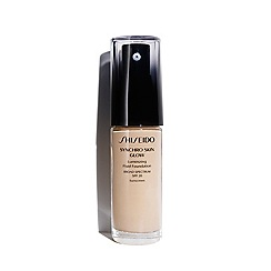 Shiseido - 'Synchro Skin Glow' luminising foundation 30ml