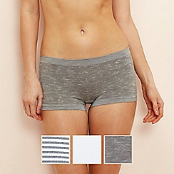 The Collection - 3 pack grey printed seamless shorts