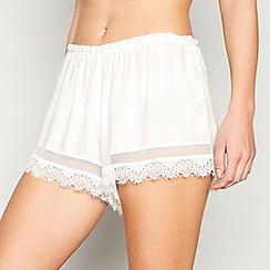 Nine by Savannah Miller - White embroidered lace 'Dobby' pyjama shorts