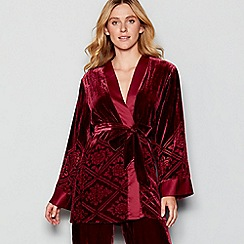 Nine by Savannah Miller - Red floral engraved velvet dressing gown