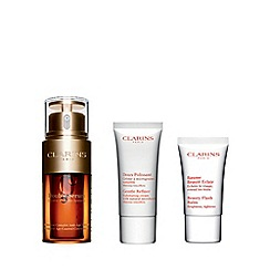 Clarins - 'Youthfully Radiant' skincare gift set