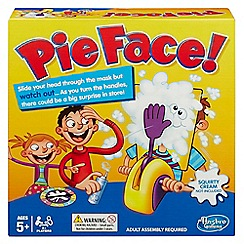 Hasbro Gaming - Pie face game