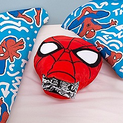 Star Wars - Red 'Spider-Man' cushion with pyjama set