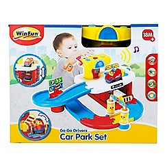 Winfun - 'Go Go Drivers' car park set