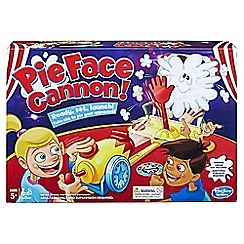 Hasbro Gaming - 'Pie Face Cannon' game