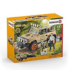 Schleich - 4x4 Vehicle with Winch Playset - 42410