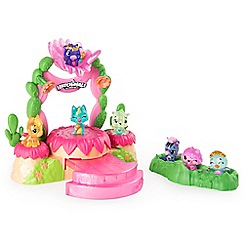 Hatchimals - Shimmering sands talent show playset