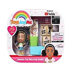 Toys & Me - 'Tiana's Summer Fun Unboxing Studio' playset
