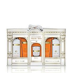 Baylis & Harding - Skin Spa Pamper & Candle Set
