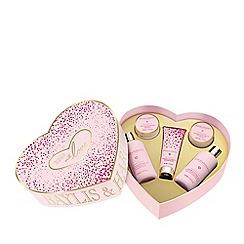 Baylis & Harding - Rose prosecco fizz large heart shaped gift set