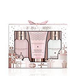Baylis & Harding - Jojoba, Silk and Almond Oil Small 3 Piece Set