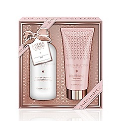 Baylis & Harding - Jojoba, Silk and Almond Oil 2 Piece Gift Set