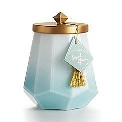 Illume - 'Go Be Lovely' Sugared Blossom Luxury Scented Candle 550g
