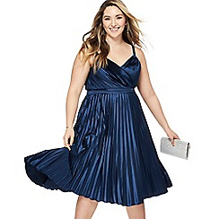 Chi Chi London - Navy 'Melanie' V-neck plus size prom dress