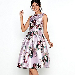 Chi Chi London - Pink floral print satin 'Ariyah' prom dress