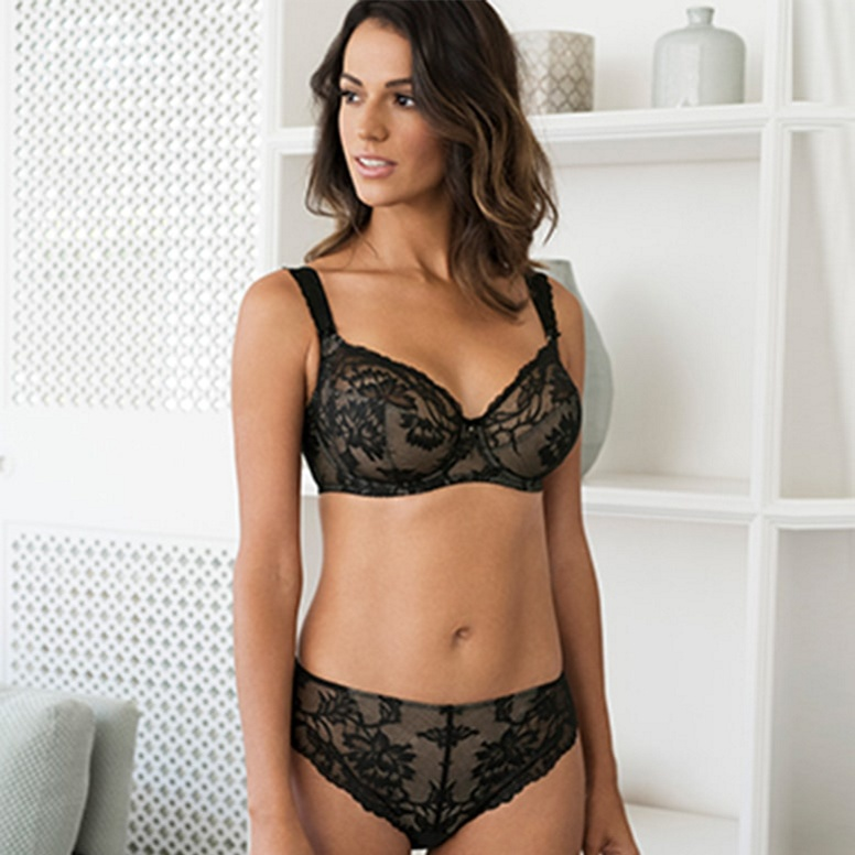 8887a73cf58f2 DD+ Fantasie bras. Offering complete support in ...