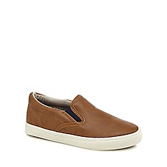 Mantaray - Boys' tan slip on trainers
