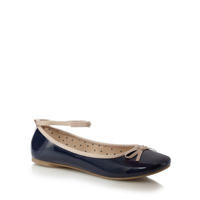 bluezoo - Navy bow flats Fashionable and eye-catching shoes