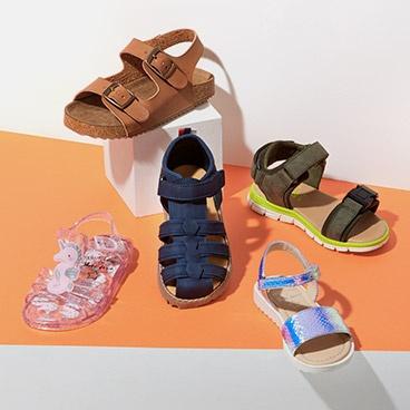 f4f6c32e890 Sandals   flip flops