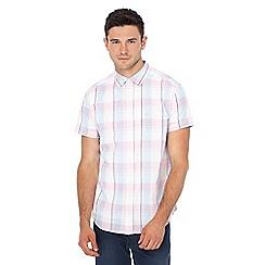 Wrangler - Pink checked short sleeve shirt