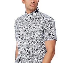 Racing Green - Navy floral print short sleeve tailored fit shirt