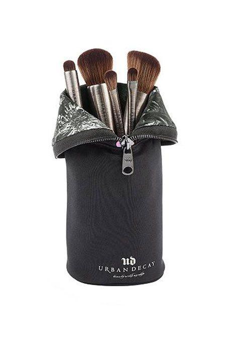 Top 5 Makeup Brushes   Debenhams