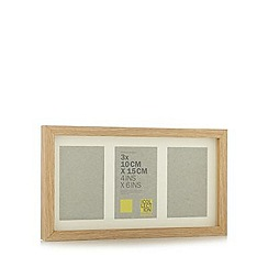 Home Collection Basics - Wooden three aperture photo frame