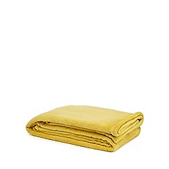 Home Collection Basics - Yellow fleece throw