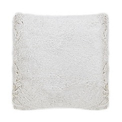 Home Collection - Silver faux fur cushion