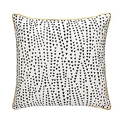 Home Collection - Ivory arrow print cushion