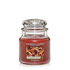 Yankee Candle - 'Cinnamon Stick' medium scented jar candle