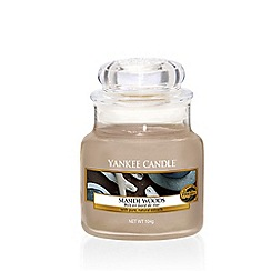 Yankee Candle - Small Seaside Woods Scented Jar Candle