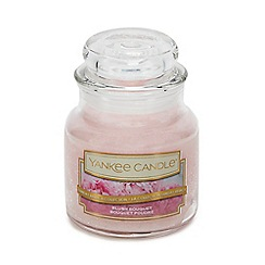 Yankee Candle - Small Blush Bouquet Scented Candle